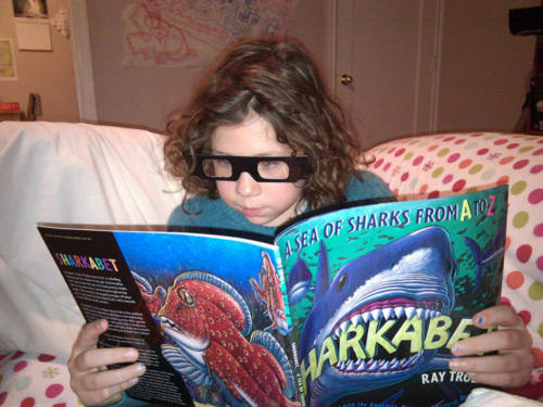A young Sharkabet fan in Juneau with 3D glasses